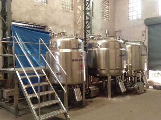 Liquid Filling Machine For Shampoo   Manufacturers & Exporters from India